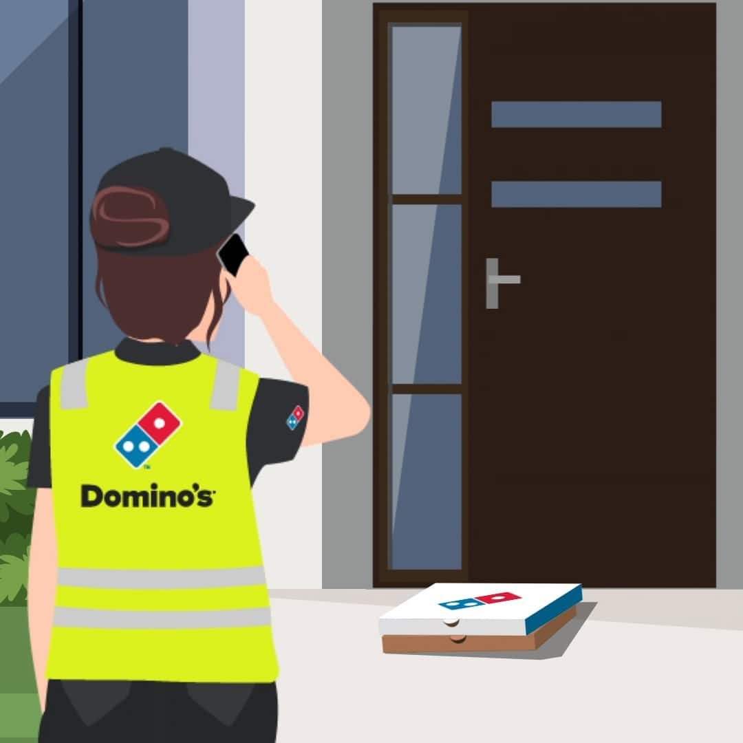 Domino's delivery expert calling customer to let them know their order is ready